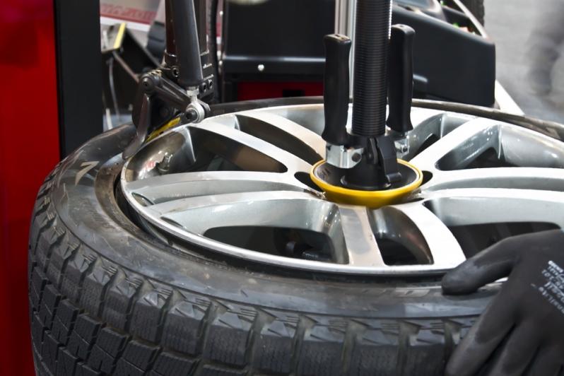 Montagem de Pneus para Veículos Consolação - Montagem de Pneu de Sedans