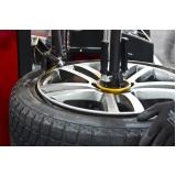 montagem de pneu de sedans Embu das Artes